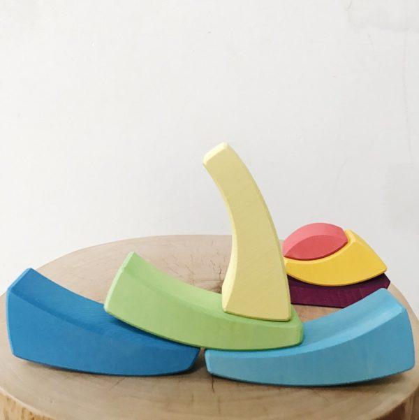 Стеккер Яйцо радужное Raduga Grez (RG04009) - купить в интернет магазине детских развивающих игрушек, подарков, товаров для хобби и детского творчества по выгодной цене.