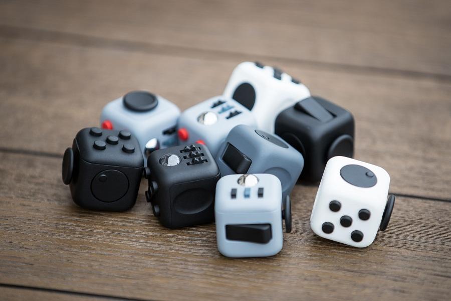 Купить Игрушки-антистресс дешево в интернет-магазине в Москве