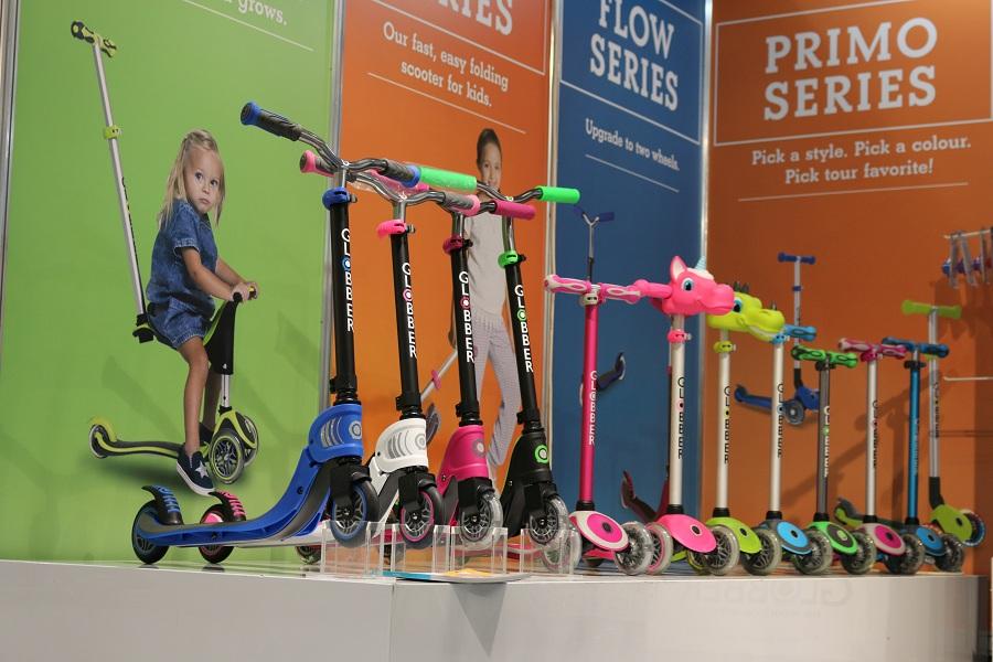 Выставка Kids Russia 2019 - новинки детских игрушек, самокат Globber Flow.
